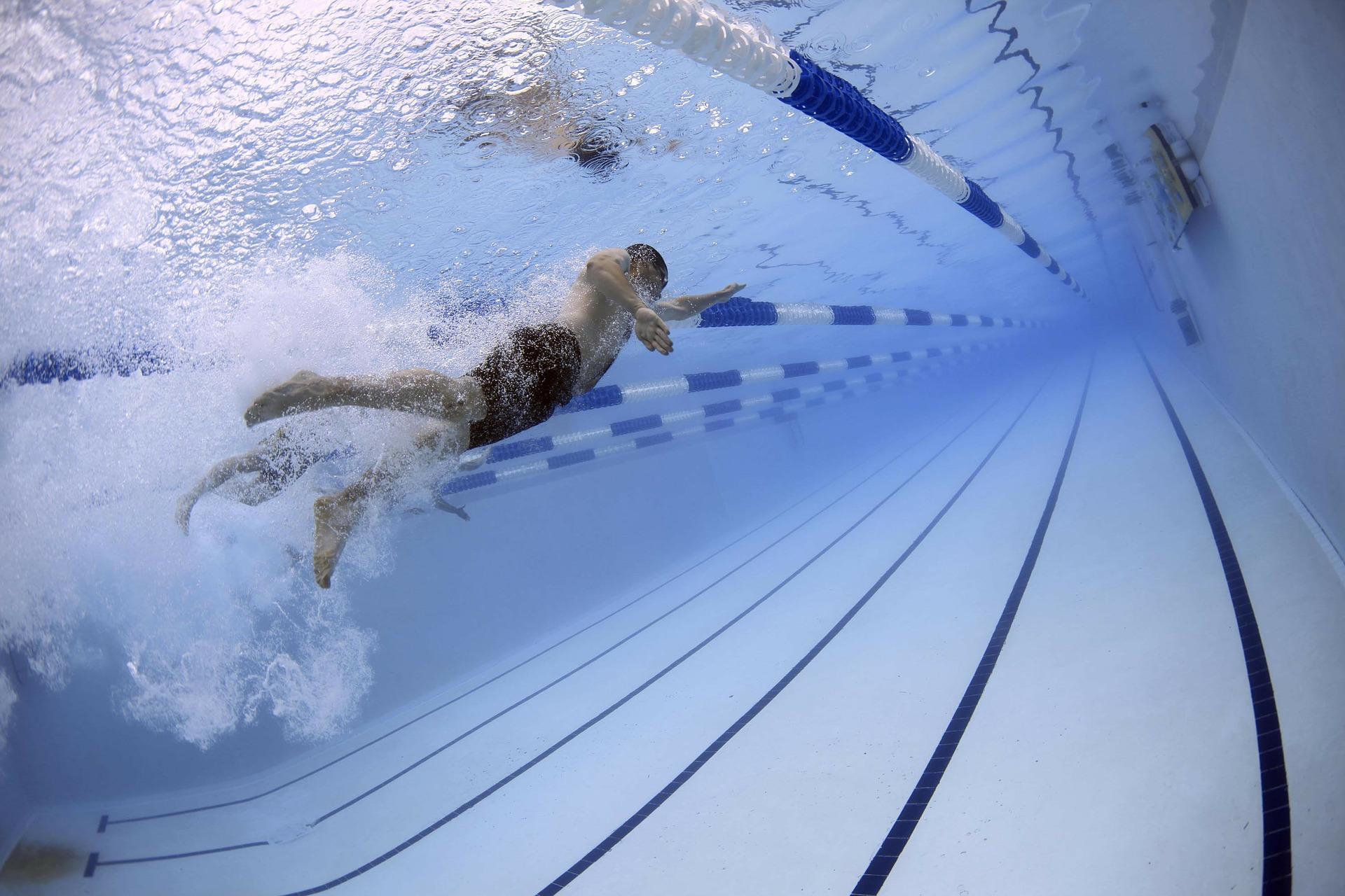 Webstrijd zwemmen